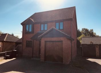Thumbnail 4 bed detached house to rent in Heron Way, Mayland, Chelmsford