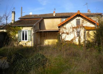 Thumbnail 3 bed property for sale in Poitou-Charentes, Vienne, Pressac