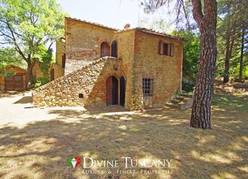 Thumbnail 5 bed country house for sale in Strada Peer Pienza, Montepulciano, Siena, Tuscany, Italy