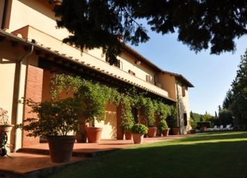 Thumbnail 1 bed farmhouse for sale in Gaiole In Chianti, Gaiole In Chianti, Siena, Tuscany, Italy
