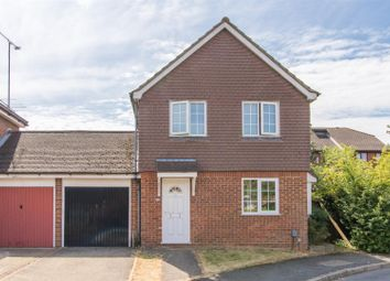 Thumbnail 3 bed detached house to rent in Haysman Close, Letchworth Garden City