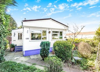 Thumbnail 2 bed mobile/park home for sale in Warren Park, Boxhill Road, Tadworth