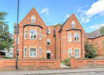 2 bed flat for sale in Hatfield Road, St. Albans AL1