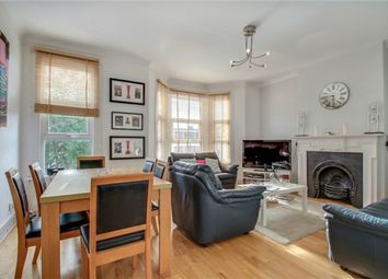 3 Bedrooms Flat for sale in Pine Road, London NW2