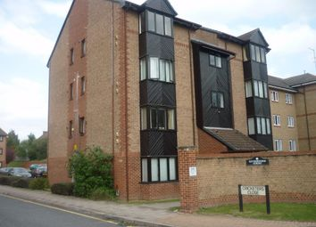 Thumbnail Studio to rent in Cricketers Close, Erith, Kent
