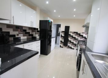 Thumbnail 5 bed property to rent in Lyndhurst Road, Luton