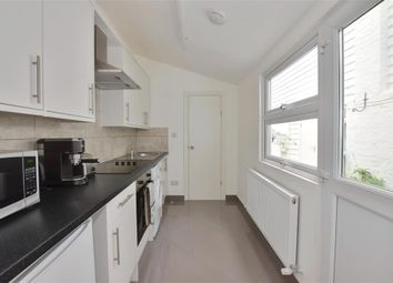 2 bed maisonette for sale in London Road, Southborough, Tunbridge Wells, Kent TN4