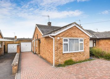 2 bed semi-detached bungalow for sale in Graham Road, Bicester OX26
