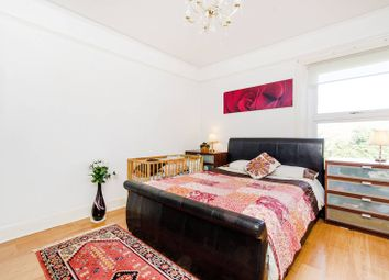 Thumbnail 2 bedroom flat to rent in Creffield Road, Ealing Common