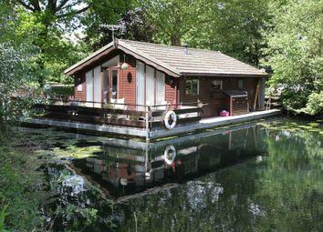 Thumbnail 2 bedroom houseboat for sale in Banks End, Wyton, Huntingdon