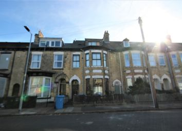 2 bed flat to rent in Dover Street, Hull HU3