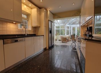 Thumbnail 4 bed detached house to rent in Newmans Way, Barnet