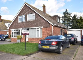 3 bed property for sale in Kingfisher Drive, Benfleet SS7