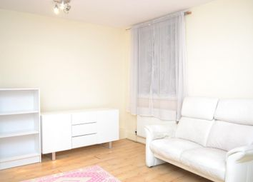 Thumbnail 1 bed flat to rent in Cambridge Heath Road, Bethnal Green, London