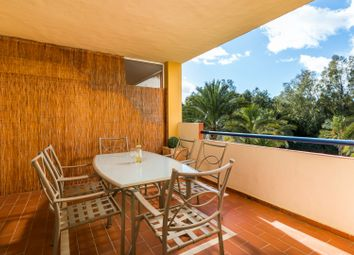 Thumbnail 2 bed apartment for sale in Spain, Andalucia, Estepona, Aww905