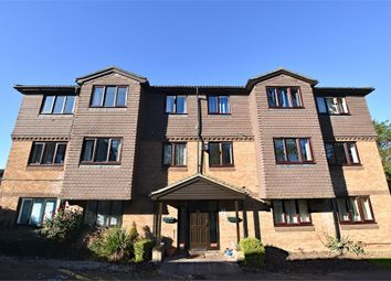 Thumbnail 2 bed flat to rent in Tylersfield, Abbots Langley, Hertfordshire