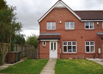 Thumbnail 3 bed town house to rent in Mill Chase Road, Alverthorpe, Wakefield