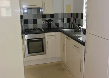 2 bed flat to rent in Unicorn Court, West Victoria Dock Road, City Quays DD1