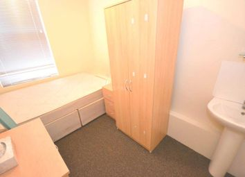Thumbnail Room to rent in West Street, Reading, Berkshire, - Room 7