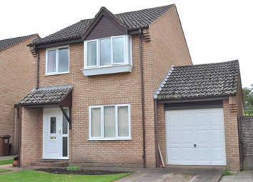 Thumbnail 3 bedroom detached house to rent in Culm Lea, Cullompton, Devon
