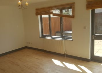 Thumbnail 5 bed shared accommodation to rent in Kerfield Road, Camberwell