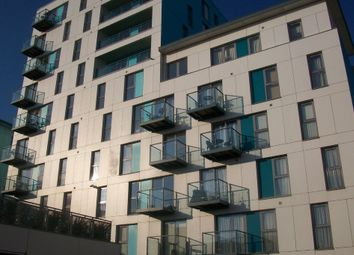 Thumbnail 2 bed flat to rent in Fratton Way, Southsea