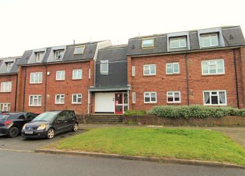 Thumbnail 2 bedroom flat to rent in Britten Close, Crawley, West Sussex.