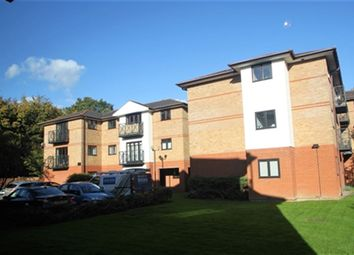 Thumbnail 2 bed flat to rent in Ludlow Road, Maidenhead, Berkshire