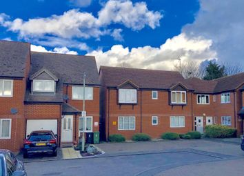 Thumbnail 2 bedroom flat to rent in Abingdon Close, Thame, Oxfordshire