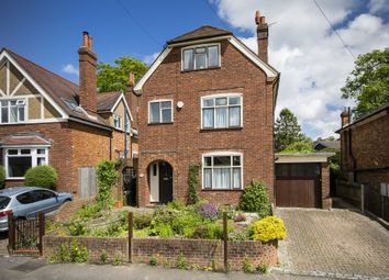 Thumbnail 4 bed detached house for sale in Vale Avenue, Southborough, Tunbridge Wells