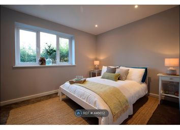 Thumbnail 1 bed flat to rent in The Causeway, Arundel