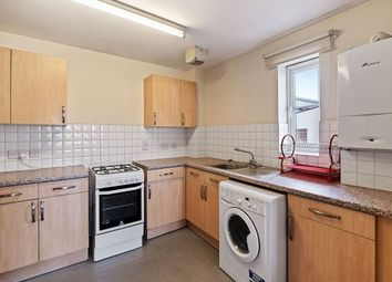3 bed flat to rent in Wick Road, London E9