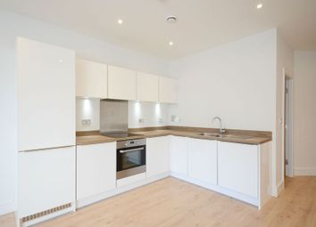 2 bed flat to rent in Ringside, High Street, Bracknell RG12
