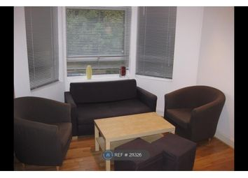 Thumbnail 3 bed flat to rent in Lodge Road, West Croydon