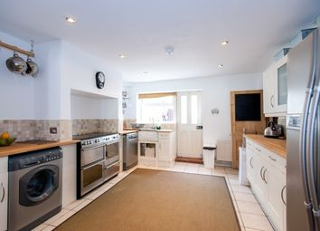 Thumbnail 6 bed property to rent in Albany Road, Southsea