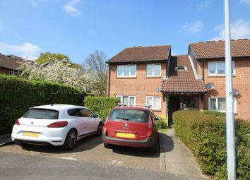 Thumbnail 2 bedroom flat to rent in Hereward Green, Loughton