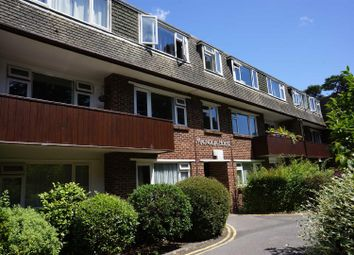 Thumbnail 2 bedroom flat to rent in Redhill Drive, Redhill, Bournemouth