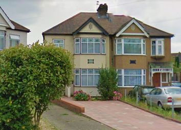 Thumbnail 1 bed flat to rent in Cowland Avenue, Enfield