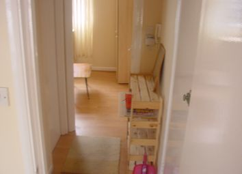 Thumbnail 1 bed flat to rent in Kings Cross, London