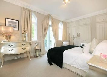 Thumbnail 3 bedroom flat to rent in Fitzjohns Avenue, Hampstead NW3,