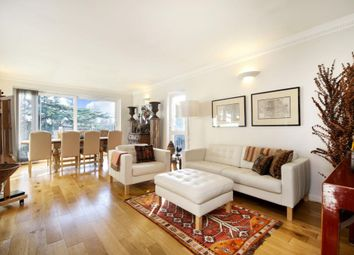 Thumbnail 3 bedroom flat to rent in Palace Road, East Molesey