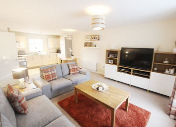 Thumbnail 2 bedroom flat for sale in Hedge End Business Centre, Botley Road, Hedge End, Southampton
