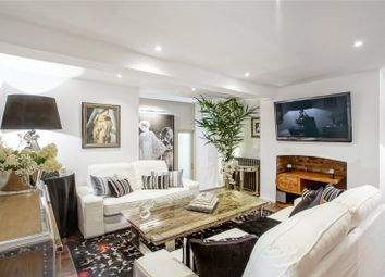 Thumbnail 3 bed maisonette for sale in St. Peter's Street, London