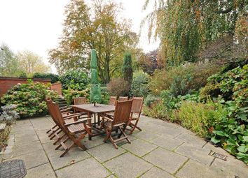 Thumbnail 4 bed flat to rent in Fitzjohns Avenue, Hampstead