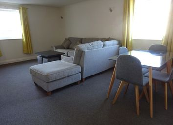 2 bed flat to rent in Acland Road, Exeter EX4