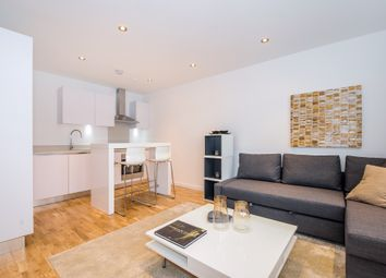 Thumbnail 1 bed flat for sale in Lansdowne Road, Croydon