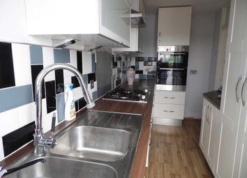 Thumbnail 2 bed flat to rent in Hart Road, Benfleet