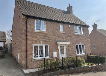 Thumbnail 4 bedroom detached house for sale in Hillcrest, Matlock