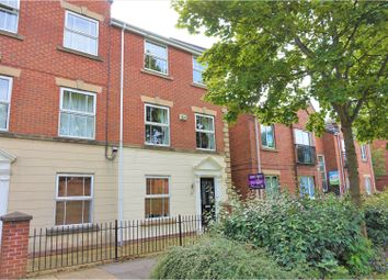 Thumbnail 3 bedroom town house for sale in Galleon Court, Hull