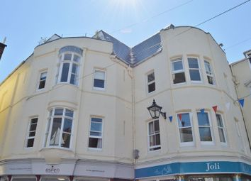 Thumbnail 2 bed flat to rent in Bath Road, Cowes